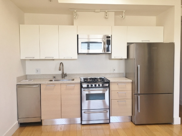 Listing 4246 : 928  Castro Street, San Francisco, CA, 94114  (photo 1)