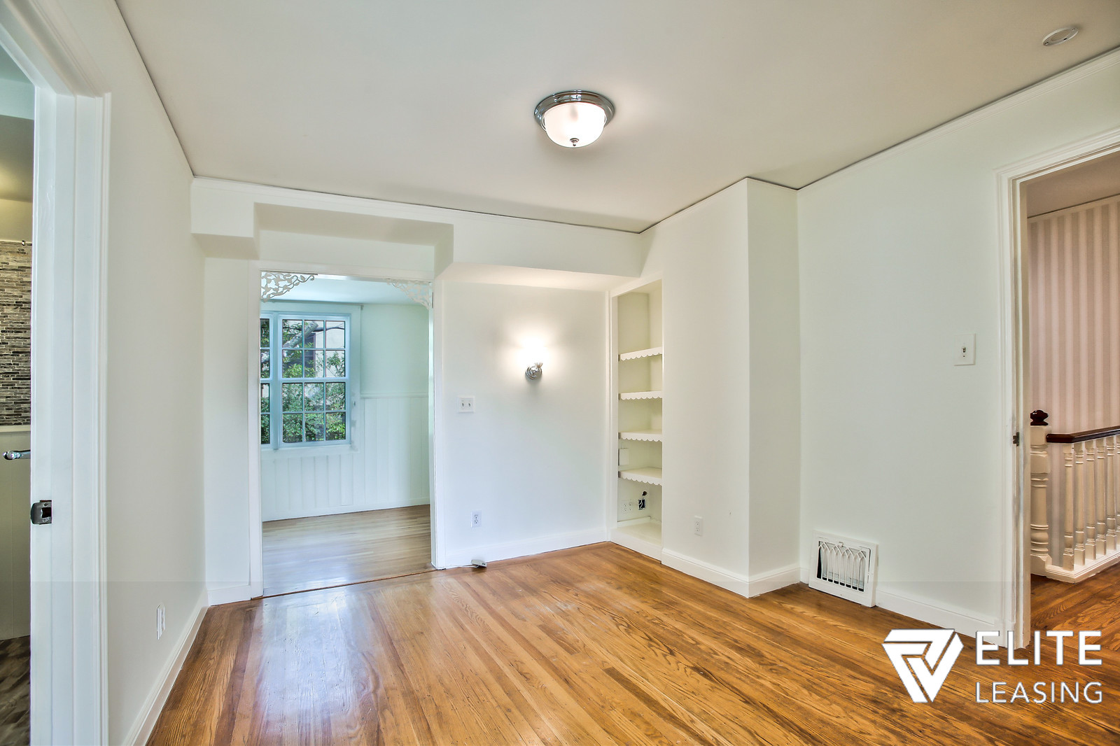 Listing 4648 : 1990  Green Street #404, San Francisco, CA, 94123  (photo 12)