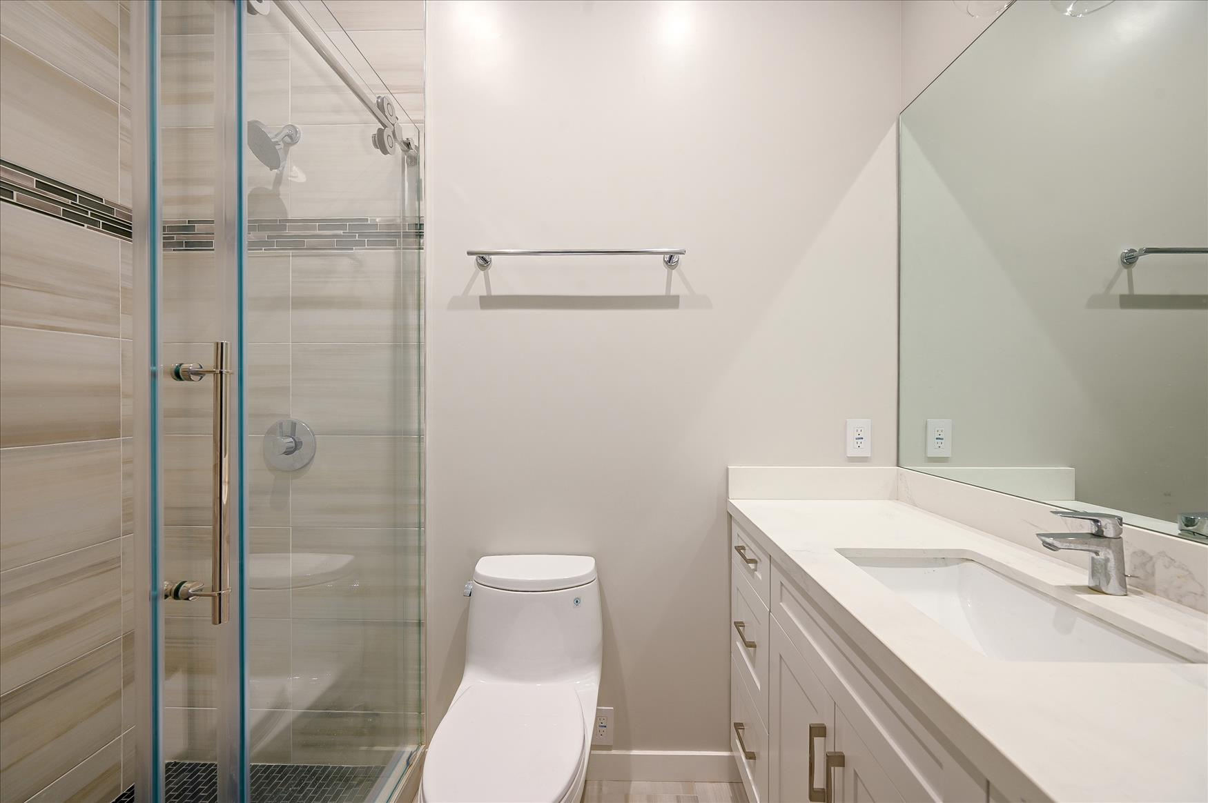 Listing 4852 : 3646  20th Street, San Francisco, CA, 94110  (photo 14)