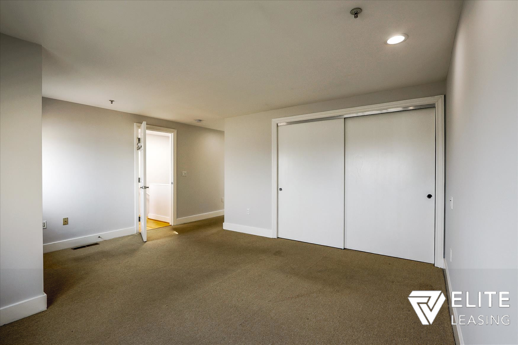 Listing 4504 : 765  Market Street #26E, San Francisco, CA, 94103  (photo 15)