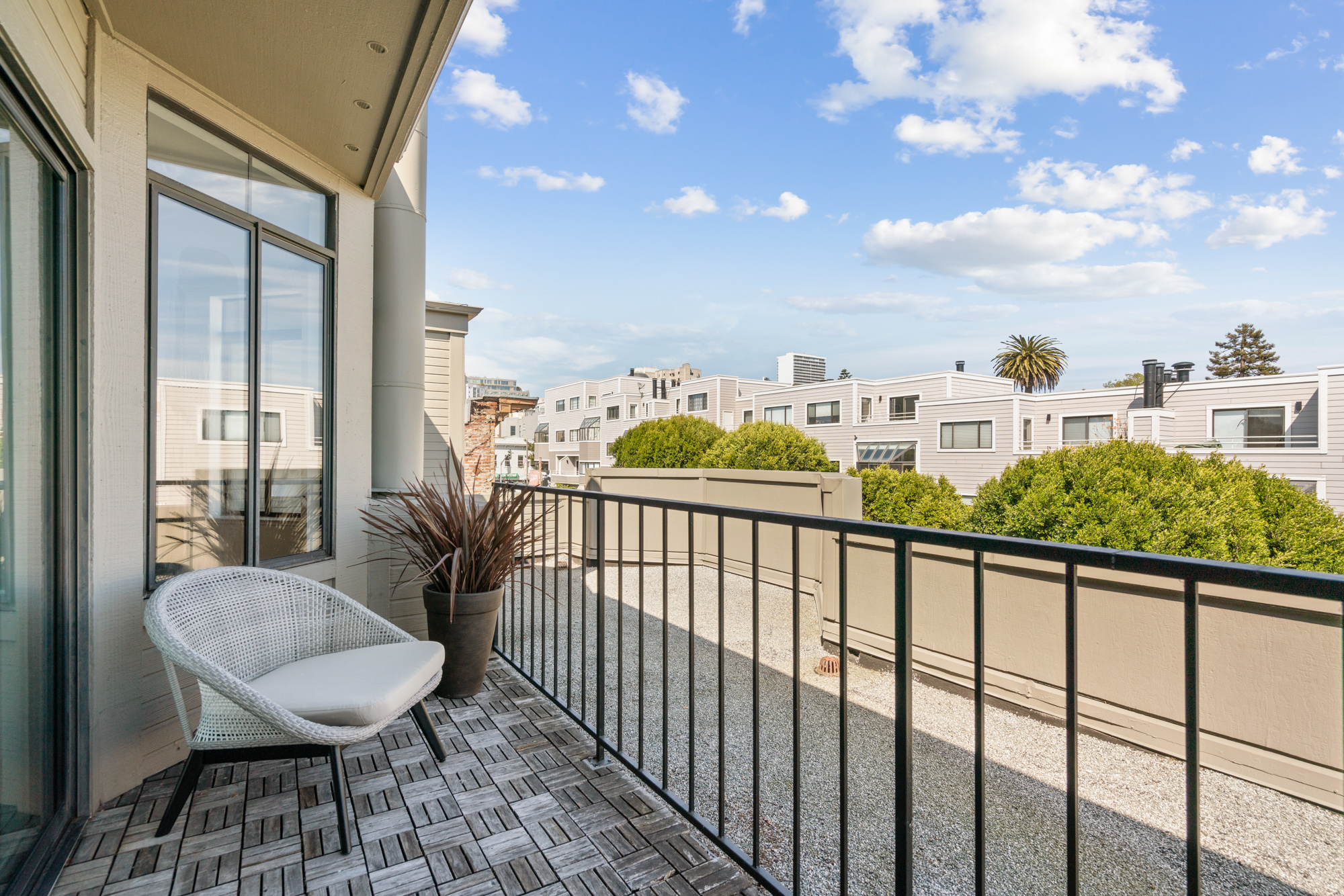 Listing 4852 : 3646  20th Street, San Francisco, CA, 94110  (photo 15)