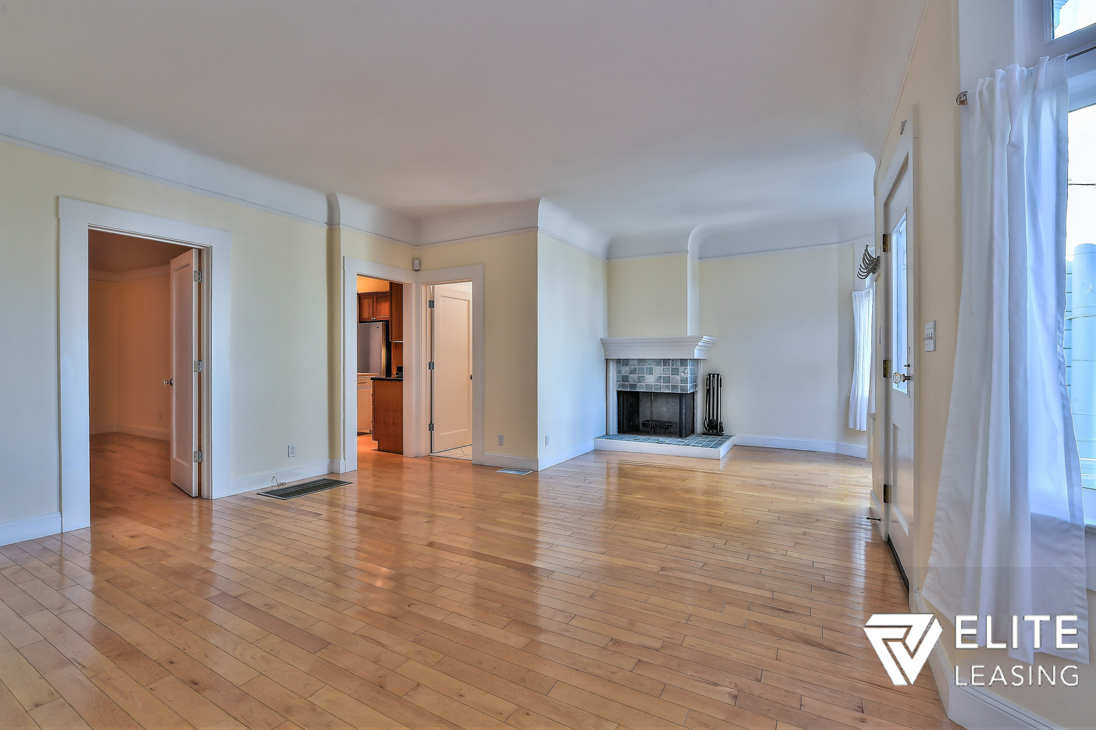 Listing 4130 : 35  Caselli Ave, San Francisco, CA, 94114  (photo 2)