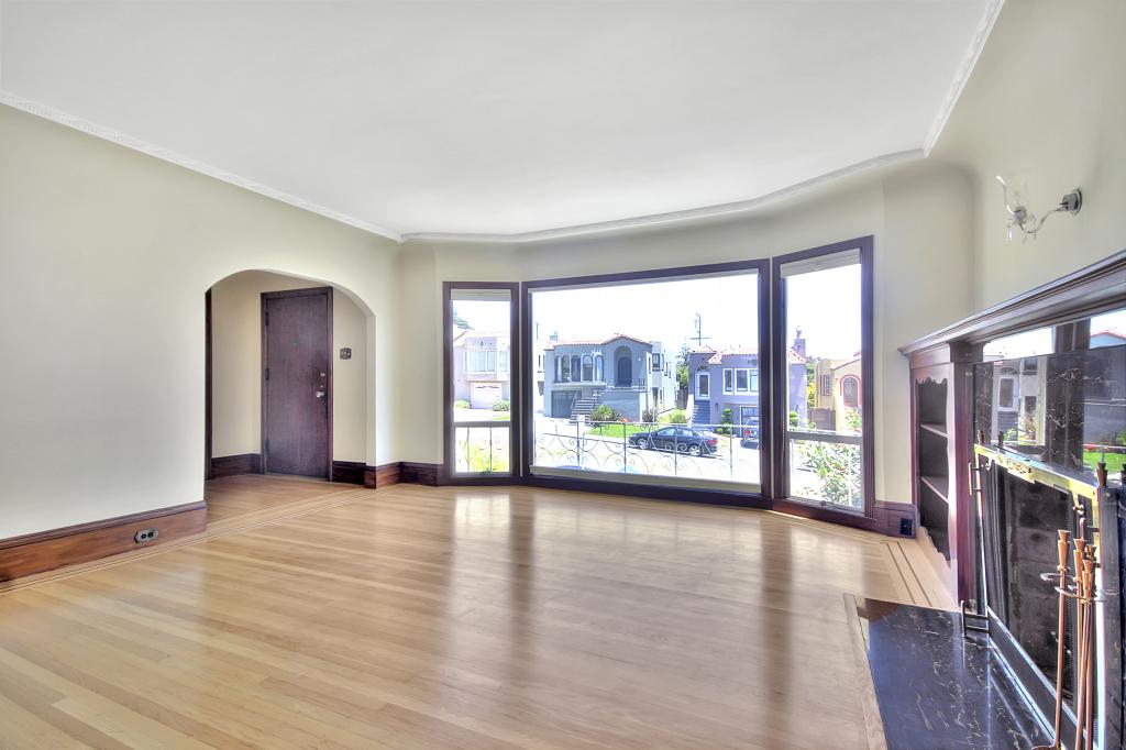 Listing 3592 : 102  Santa Marina Street, San Francisco, CA, 94110  (photo 4)