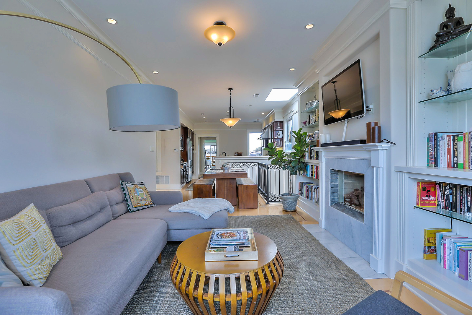 Listing 4852 : 3646  20th Street, San Francisco, CA, 94110  (photo 4)