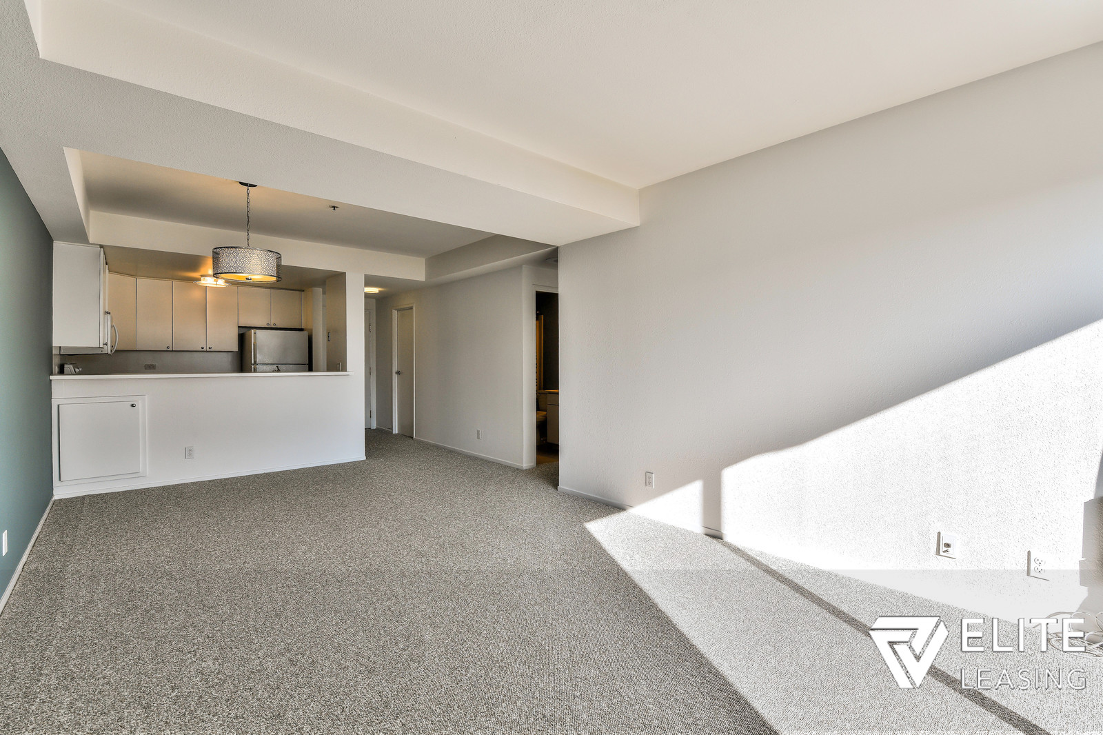 Listing 4170 : 3526  19th Street, San Francisco, CA, 94110  (photo 1)