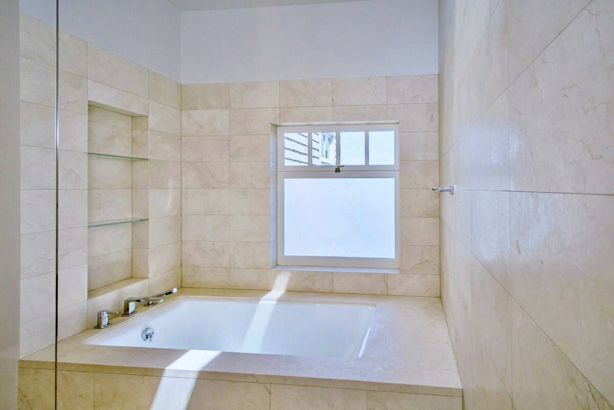 Listing 4713 : 2715   Scott St, San Francisco, CA, 94123  (photo 21)
